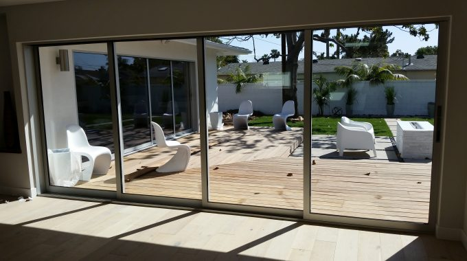 Tips In Cleaning Glass Windows The Professional Way